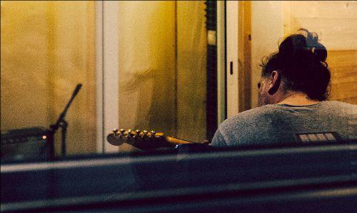'L'home de l'any passat' és el nou àlbum d'Àlex Torío