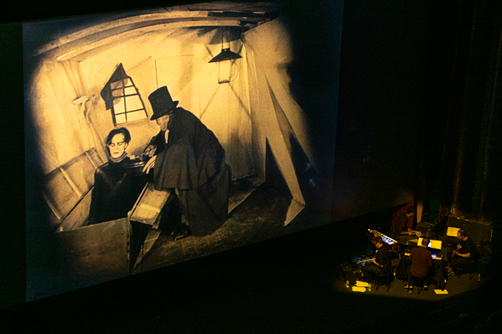 """""""El gabinete del Doctor Caligari"""" amb banda sonora en directe a Aribau Multicines"""
