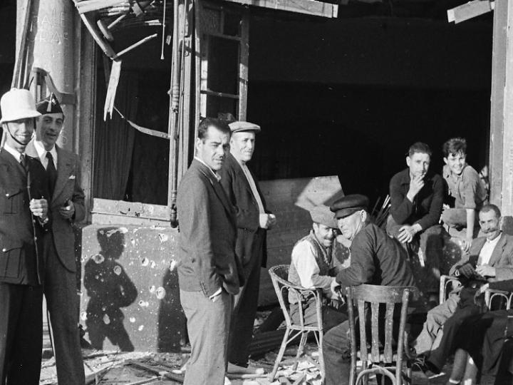 Exposició fotogràfica de 'La Barceloneta en Guerra'